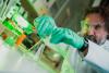 Tutkija haluaa tuoda toivoa syöpää sairastaville – työ voi auttaa myös koronan ehkäisyssä