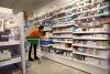 Verkkoapteekit ja työvoimapula ajavat syrjäseutujen apteekkeja ahdinkoon Ruotsissa